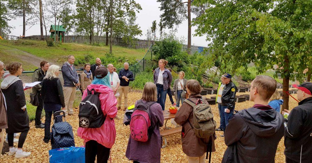 Sofia Rydergård, projektledare för den nya stadsodlingen i Rågsved berättade om projektet