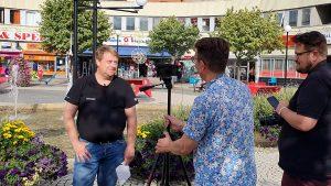 Parkförvaltare Olle Kvick blir intervjuad